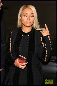chelsea clinton engagement ring rob kardashian u0026 blac chyna are engaged see her engagement ring