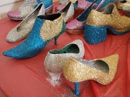 Decorate Shoes Crafts With Glitter U2013 Simple And Satisfying Bored Art