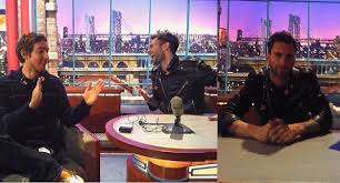 David Letterman Desk Gratuitous Pop Pic Maroon 5 U0027s Adam Levine Takes Over David