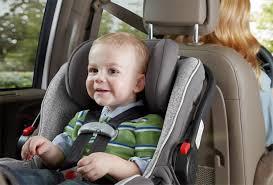 siege bebe voiture 9 astuces pour voyager tranquille avec un bébé en siège auto les