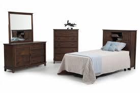 Full Bookcase Chadwick 4 Piece Full Bookcase Bedroom Set Bob U0027s Discount Furniture