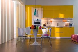 cuisine jaune et blanche meuble de cuisine jaune et blanc maison et mobilier d intérieur