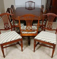 vintage thomasville duncan phyfe style dining table and chairs ebth
