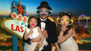photo booth rental las vegas wedding photo booth rental las vegas social snap booth
