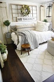 spare bedroom ideas best 25 guest bedrooms ideas on spare bedroom with regard
