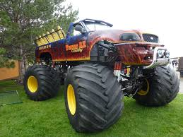 grave digger legend monster truck western r v carnival ride truck monster trucks wiki fandom