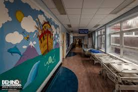 alder hey children s hospital liverpool uk urbex behind alder hey children s hospital murals painted on walls