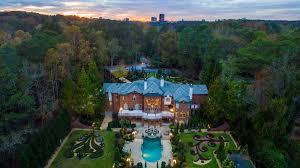 atlanta u0027hollywood u0027 mansion chateau l u0027imaginaire hits market