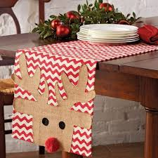 holiday table runner ideas best 25 christmas table runners ideas on pinterest quilted