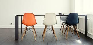 Esszimmerst Le Cor Stühle Von Eames Gray Le Corbusier Mies Van Der Rohe Breuer