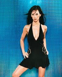 fhm fhm jennifer love hewitt 2002 fhm magazine pinterest