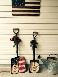 yup doing this to my old shovels christmas decorating