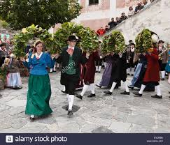 folk dancers at the thanksgiving festival spitz wachau stock photo