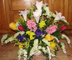 church flower arrangements flower arrangements church pews wedding altar vases