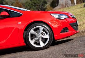 opel astra 2015 2015 holden astra gtc sport review video performancedrive