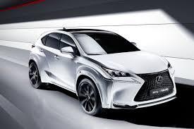 lexus nx hybrid al volante foto la lexus nx disegnata dal cantante will i am