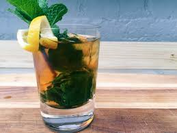 mint julep cocktail derby day cocktail recipe mint julep roberts and june
