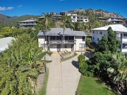 32 waterson way airlie beach qld 4802 house for sale ray