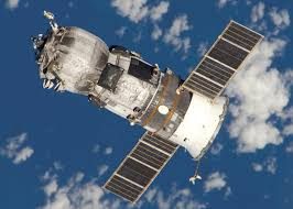 iss how similar are soyuz and progress space exploration