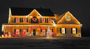 house christmas lights how to choose a professional christmas light installation service