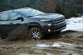 jeep cherokee tires 2014 jeep cherokee limited four seasons wrap up