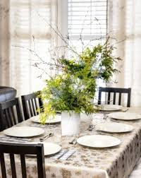 dining centerpieces for a dining room table how to decorate