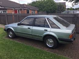 mk3 ford escort ghia 1 6 in crystal green in salford manchester