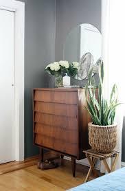 Mid Century Modern Baseboard Trim Best 25 Midcentury Closet Storage Ideas On Pinterest Shelves