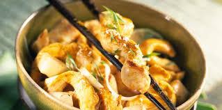 cuisiner des panais wok de poulet aux panais facile et pas cher recette sur cuisine