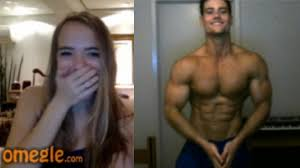 aesthetics on omegle 2 girls are speechless youtube