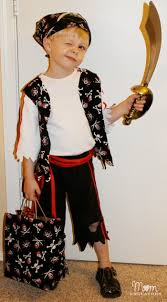 quick u0026 easy diy pirate halloween costume