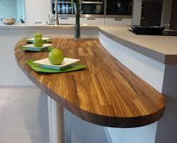 vernis plan de travail cuisine plan de travail en bois lequel choisir inspiration cuisine