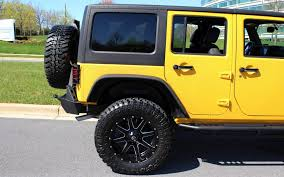 yellow jeep wrangler unlimited 320 p14 l jpg
