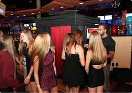 photo booth rental michigan michigan photo booth rental rent a photo booth in metro detroit