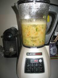 recette de cuisine avec blender soupe pomme de terre carotte courgette au blender chauffant les