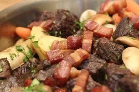 cuisiner le boeuf bourguignon recette boeuf bourguignon fait maison 750g