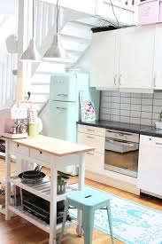 cuisine couleur pastel like add a pop of pastel to your kitchen les