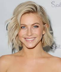flip up layered hair cut for short hair 20 shag haircuts that look great on anyone flipping change and