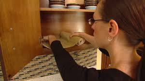 Advantages Of Easy Liner Shelf Liner Todays Homeowner - Kitchen cabinets liners
