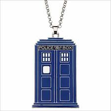wholesale new movie jewelry doctor who police call box pendant top