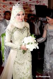 wedding dress malaysia 14 amazing bridal looks from around the world