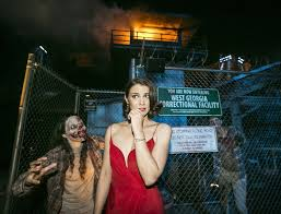 universal studios halloween horror nights hollywood photo of lauren cohan at the walking dead maze at halloween horror