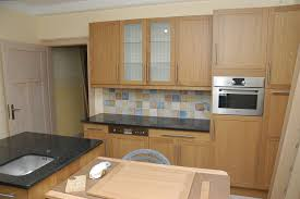cuisine hetre clair cuisine hetre moderne htre en bois armoires de cuisine avec mlamine