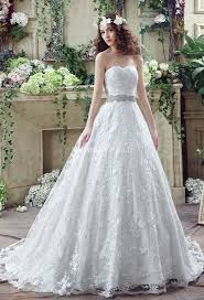 robe de mariage princesse robe de mariée en dentelle style princesse