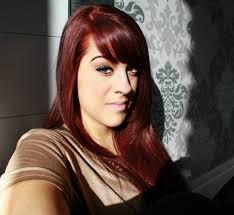 cheveux rouge acajou cheveux auburn est ce une coloration qui va vraiment à tous les