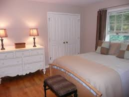 nice warm nuance of the best greige paint color can be decor with