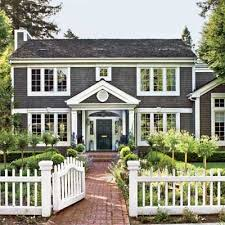 colonial house outdoor lighting 61 best colonial home landscaping images on pinterest landscaping