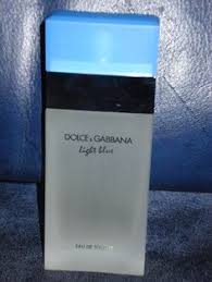Dolce And Gabanna Light Blue Omg I Have Found It This Body Wash Smells Just Like Dolce And