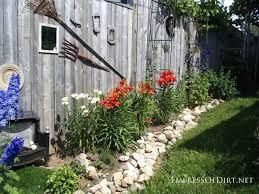 Cottage Backyard Ideas 25 Creative Ideas For Garden Fences Garden Fencing Gardens And