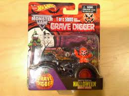 2014 monster jam trucks julian u0027s wheels blog 2014 limited edition halloween grave